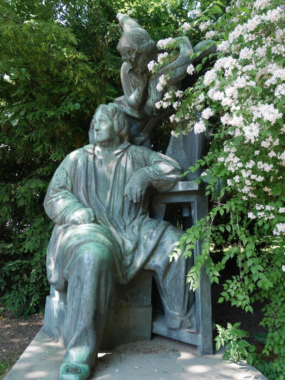 statue city park copenhagen