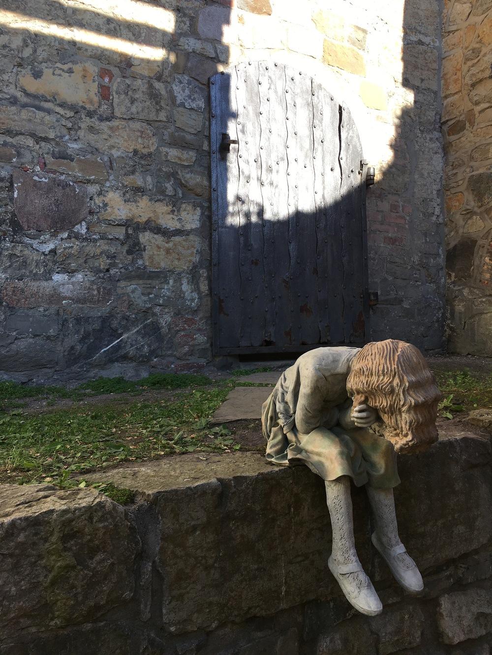 sculpture at akershus fortress