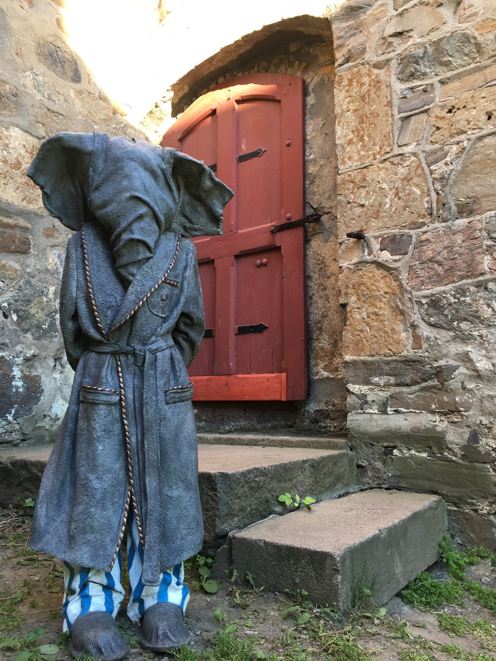 bedtime boy sculpture at akershus fortress