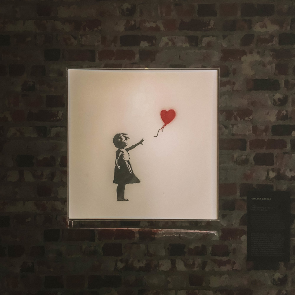 girl and balloon banksy