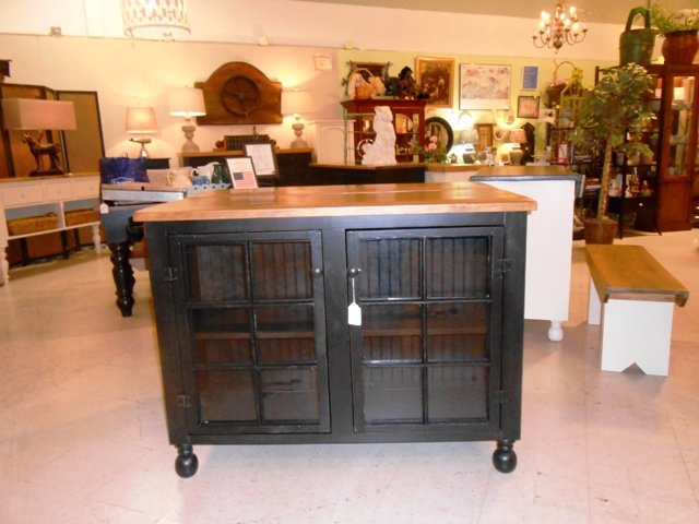 4' black glass door cabinet.JPG