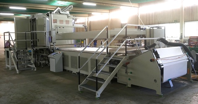 "Kinzel 1-color 69"" x 150"" (1.75 x 3.8 meter) flatbed printing line with CCD camera registration for processing 0.004"" (0.025 mm) unconditioned thick mylar substrate at 3 prints/minute is ready for customer equipment approval. For short production runs, printed material can be transported from the end to the beginning for subsequent colors."