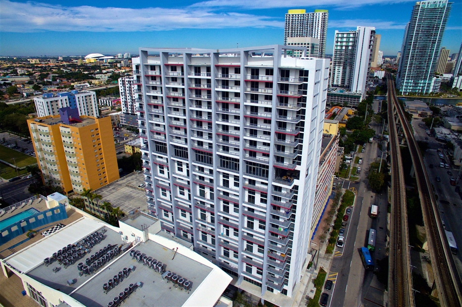 BRICKELL VIEW TERRACE   - Miami, FL   Pinnacle Housing Group Behar Font + Partners