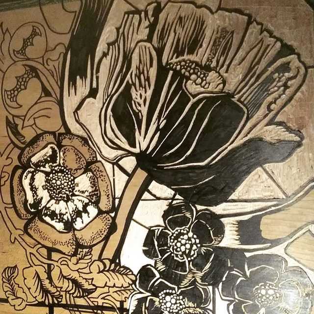 Another woodcut growing into glorious poppies :) #poppy #artnouveau #woodcut #drawing #printmaking