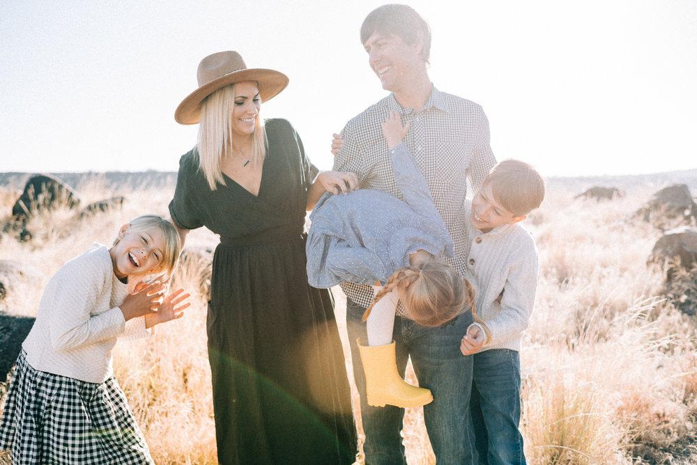 Ben+Joella_Families_05.jpg