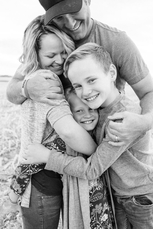Ben+Joella_Families_10.jpg