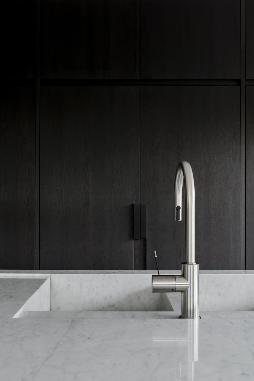 H Residence / Frederic Kielemoes Interior Architect