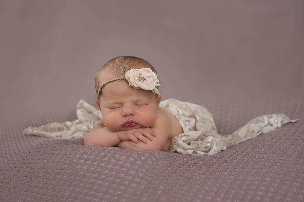 Newborn pictures- smithsburg, Maryland