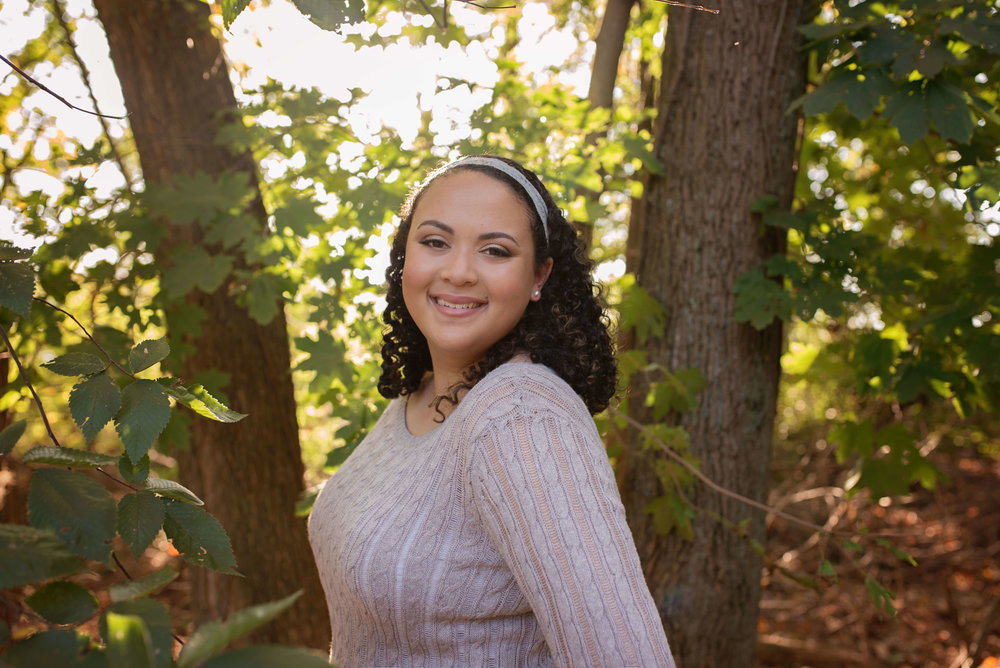 pretty outdoor pictures senior photos frederick md