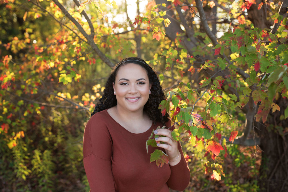 fall colors senior portrait in frederick md