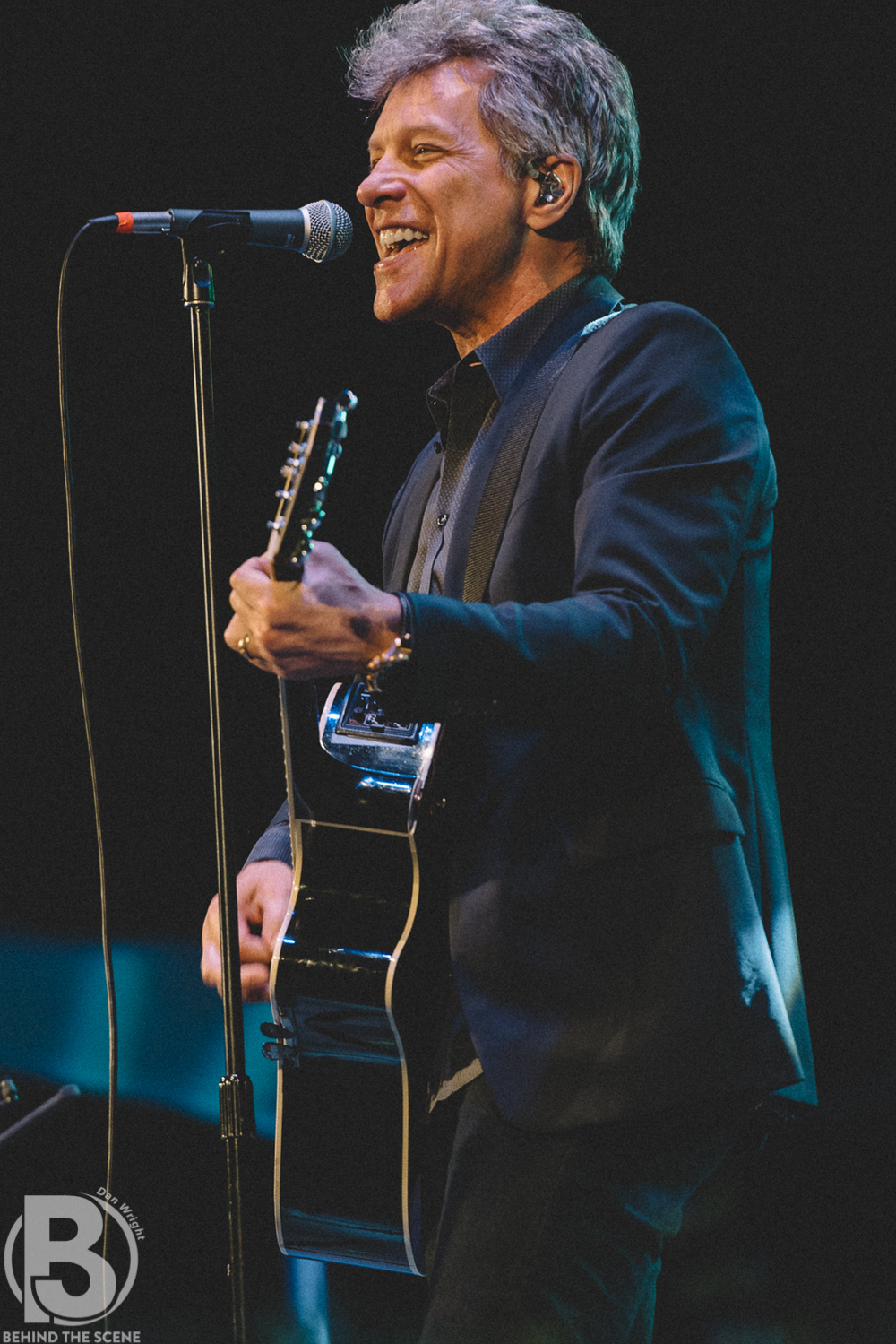 Jon Bon Jovi-16.jpg