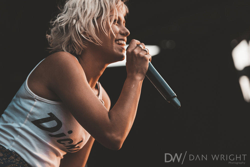 Tonight Alive-1.jpg