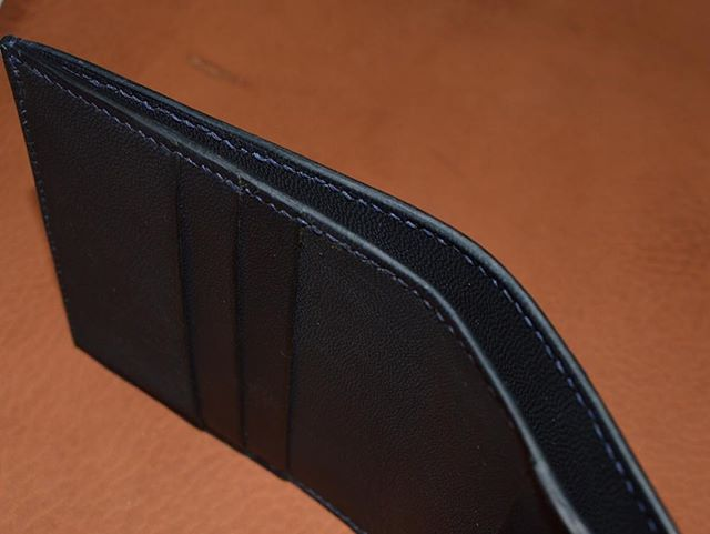 A clean and tidy billfold. #trudellleather