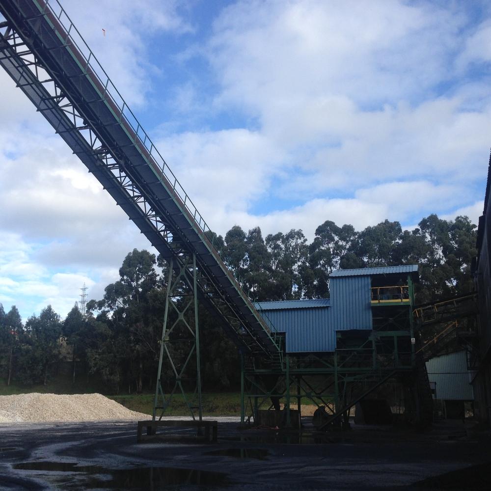Montaje de cinta transportadora en Ferroatlántica Sabón