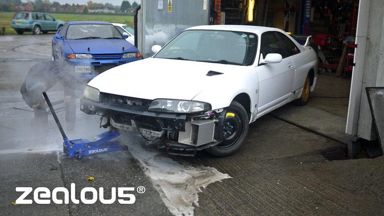Samie's White R33 GTR Front Jacking repairs.