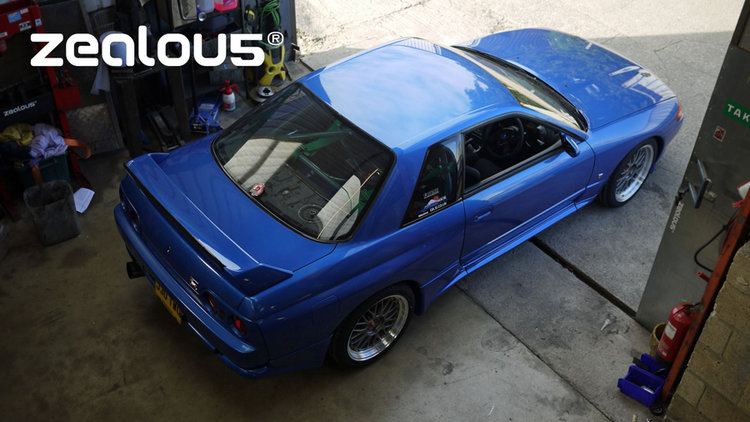 Zealou5 Blue R32 GTR Demo car.