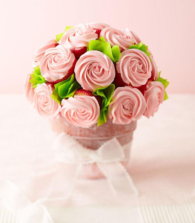 Mini Pink Cupcake Bouquet (5-6ct) — Nanette\'s Kitchen