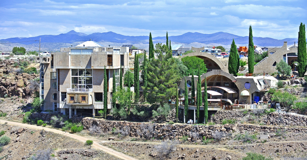 Arcosanti cafe and visitors' centre (left) and bell foundries (right)  © Shannon Moore