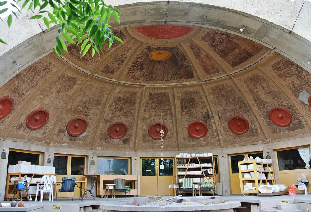 Arcosanti Ceramics Apse  © Shannon Moore