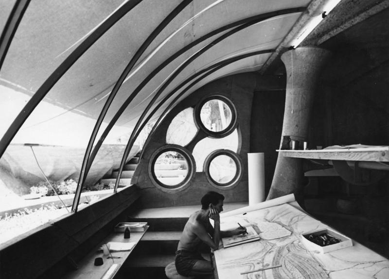 Paolo Soleri at Cosanti © Stewart Weiner