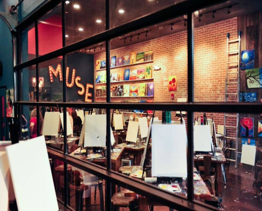 Muse paint bar, Mosiac District