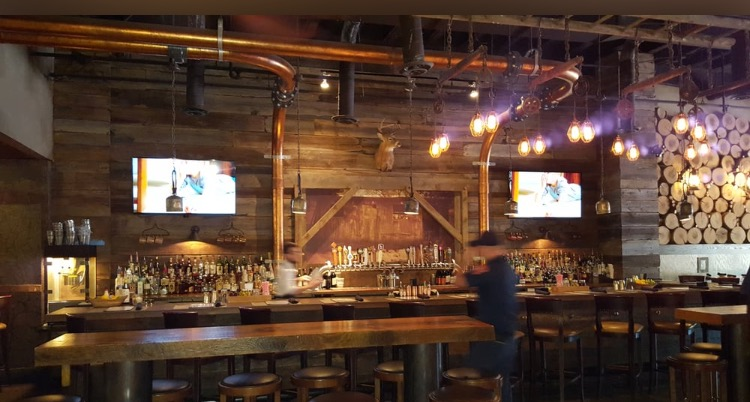Copperwood tavern, Shirlington