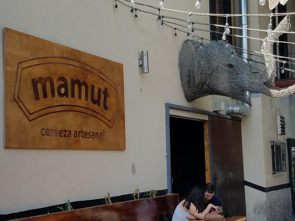 Mamut Craft Beer. Plaza Fiesta, Tijuana.