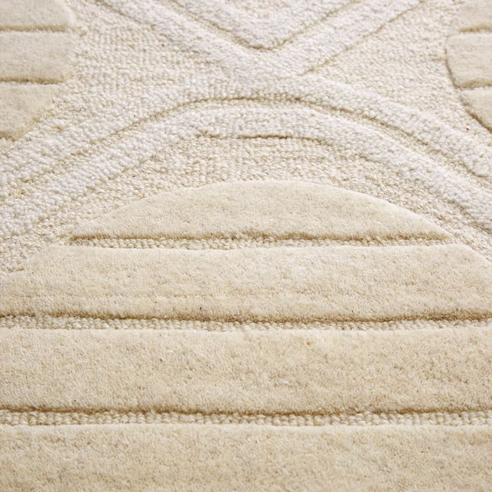 roar-rabbit-graphic-texture-rug-ivory-o-1.jpg
