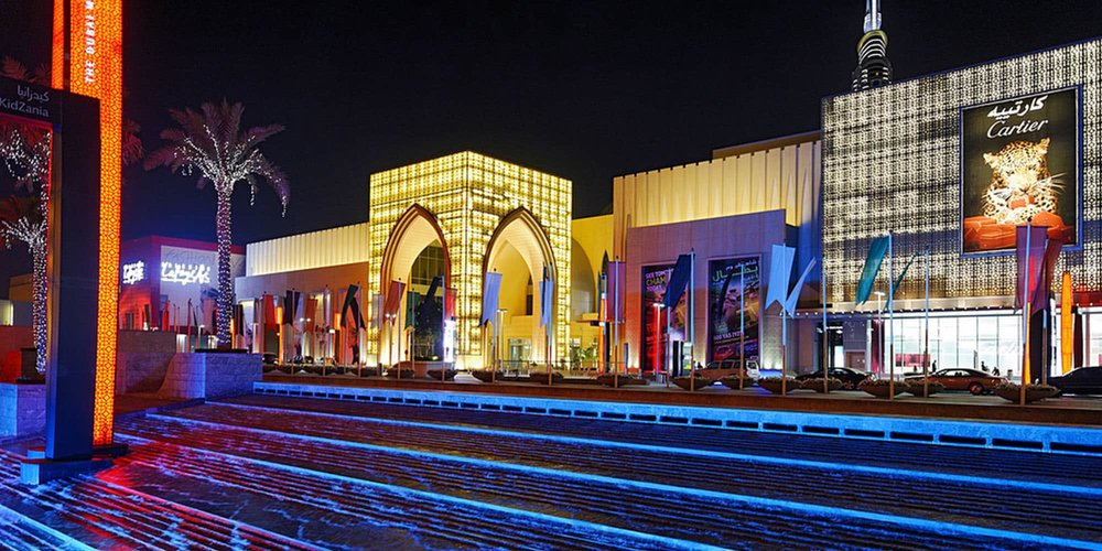 The Dubai Mall F&B masterplanning shopping centre exterior