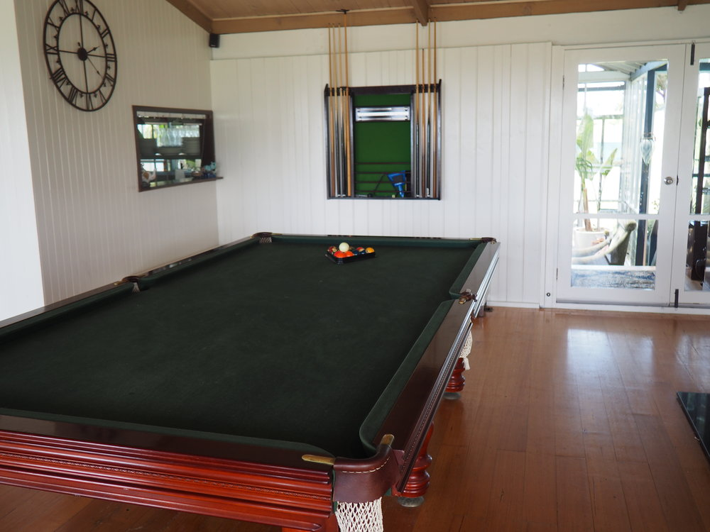 Clifftop - pool table.JPG