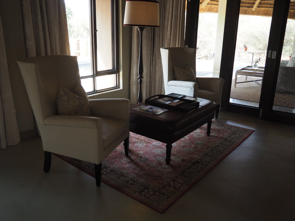TB sitting room.JPG