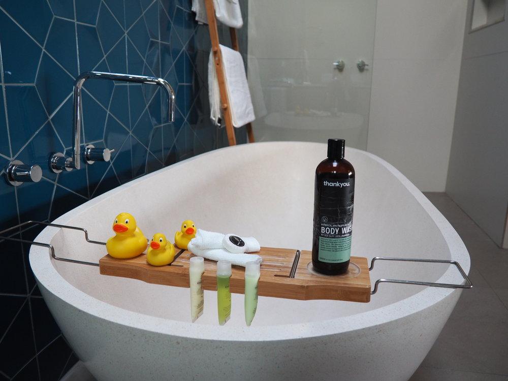 Aquabelle bath.JPG