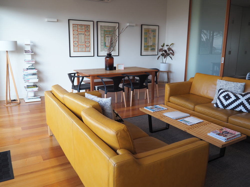 Aquabelle lounge.JPG