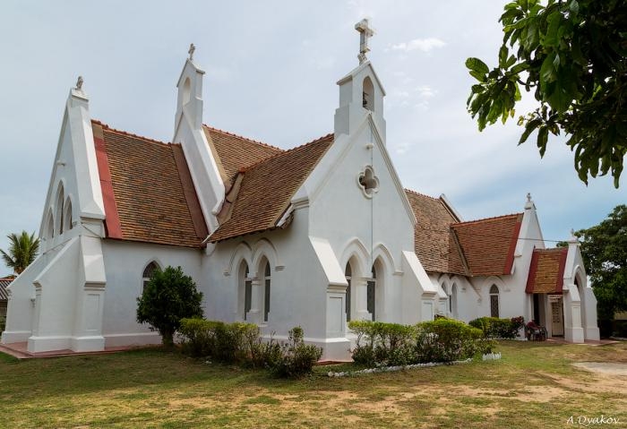 Nebombo st stephens church.jpg