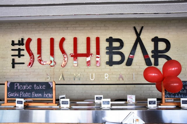 Negombo sushi bar.JPG