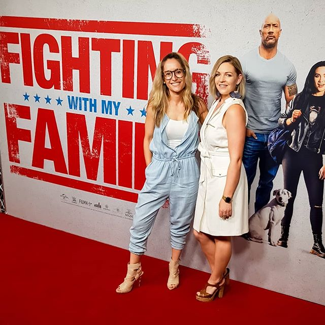 Date night doesn't always have to be with a boyfriend, I like to go on mate dates from time to time too.  Last night I went with @loz_jean_xox to the premiere of @universalpicsau #fightingwithmyfamily and it was just the dose of girl time I needed.  Two things about this picture. Firstly, I was stoked to be able to show off the new jumpsuit I picked up from the @sheworeittwice pop up shop last weekend. Kudos to Flick for having an amazing eye for pre-loved fashion. Secondly, don't you think it looks like I've reached my arm out and stuck it in @therock pocket? If you can ignore for a second that my thumb is the wrong way around 😂😂😂