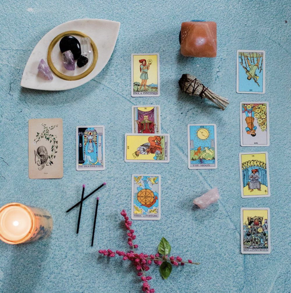 casey-brodley-tarot-photographer.png