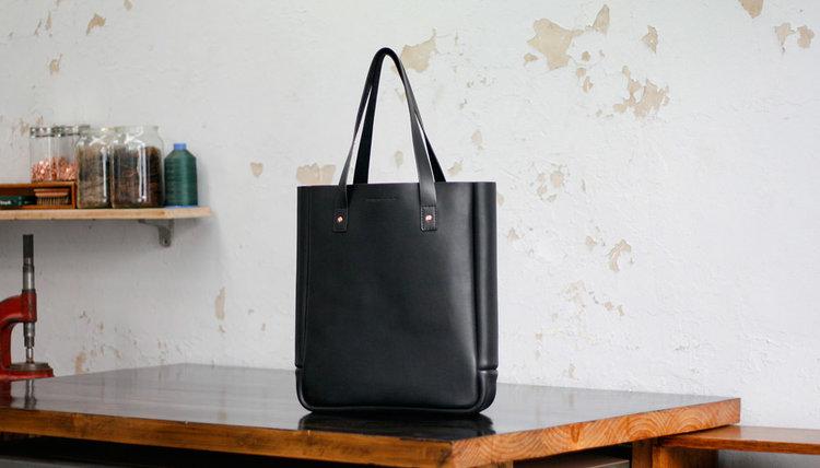 f54cbdb07d Australian Cow Hide Paterson Salisbury Medium Black Leather Tote Bag