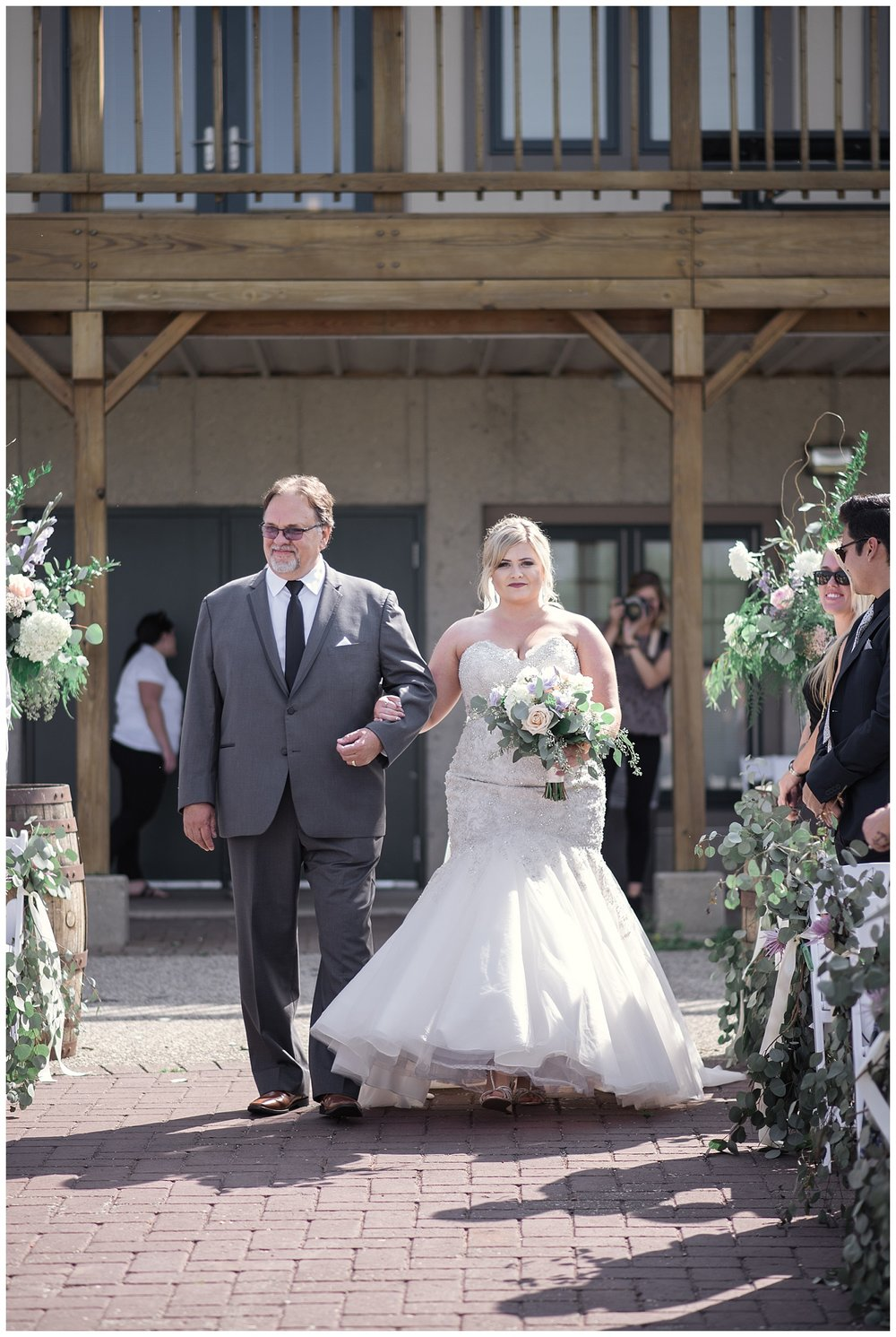 barn wisconsin wedding, wisconsin wedding, summer wedding, madison wedding, madison summer wedding, traveling photographer, pink and purple wedding, madison wedding photographer, colorado wedding photographer