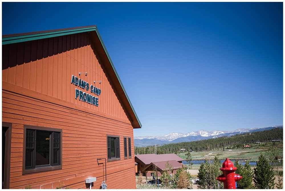 outside of snow mountain ranch YMCA wedding venue, cabin exterior, YMCA Snow Mountain Wedding, Rocky Mountain Wedding Photographer, Colorado Wedding Photographer, Colorado Elopement Photographer, Denver Wedding Photographer