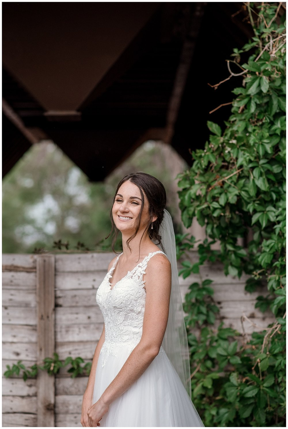 bride portraits at the barn at raccoon creek, colorado wedding photographer, denver wedding photographer, colorado elopement photographer, rocky mountain wedding photographer
