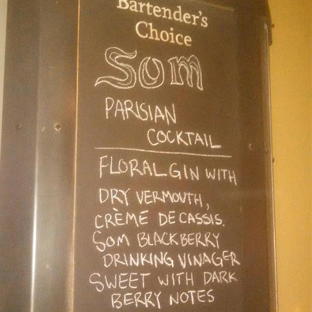 Some of the last blackberry @pokpoksom in a delicious sounding cocktail @southpark_seafood