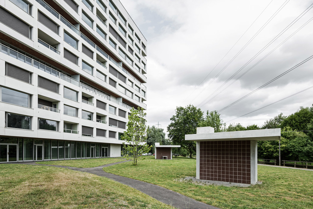 Boltshauser_Architekten_Hirzenbach_ZH_002.jpg