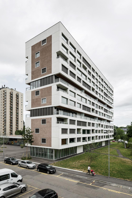 Boltshauser_Architekten_Hirzenbach_ZH_005.jpg