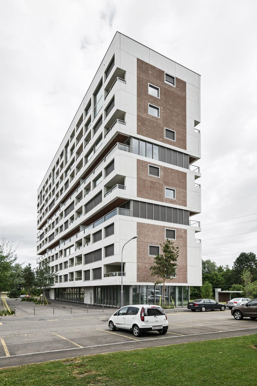 Boltshauser_Architekten_Hirzenbach_ZH_009.jpg