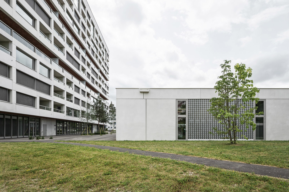 Boltshauser_Architekten_Hirzenbach_ZH_014.jpg