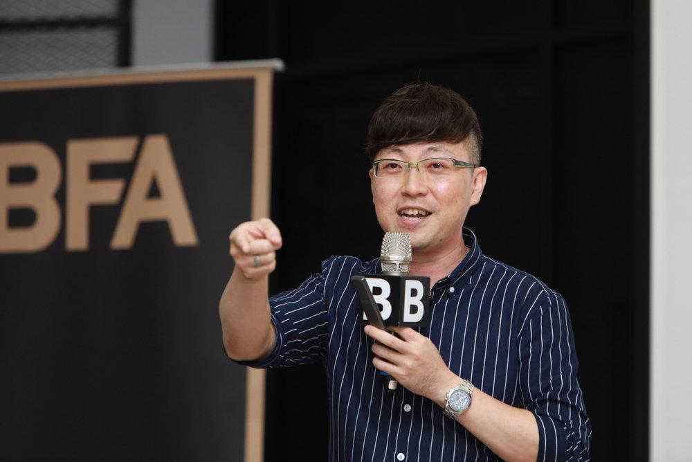 上海大格局菁英培訓中心首席培訓師 鄭孝威:年輕要定位,年老要定性
