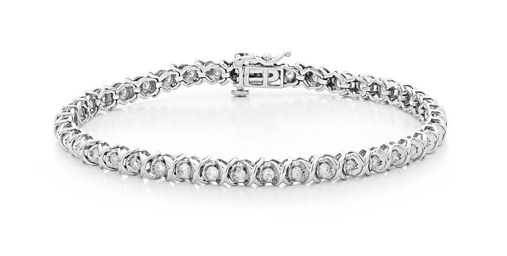 White Gold Diamond Bracelet by AVprophoto