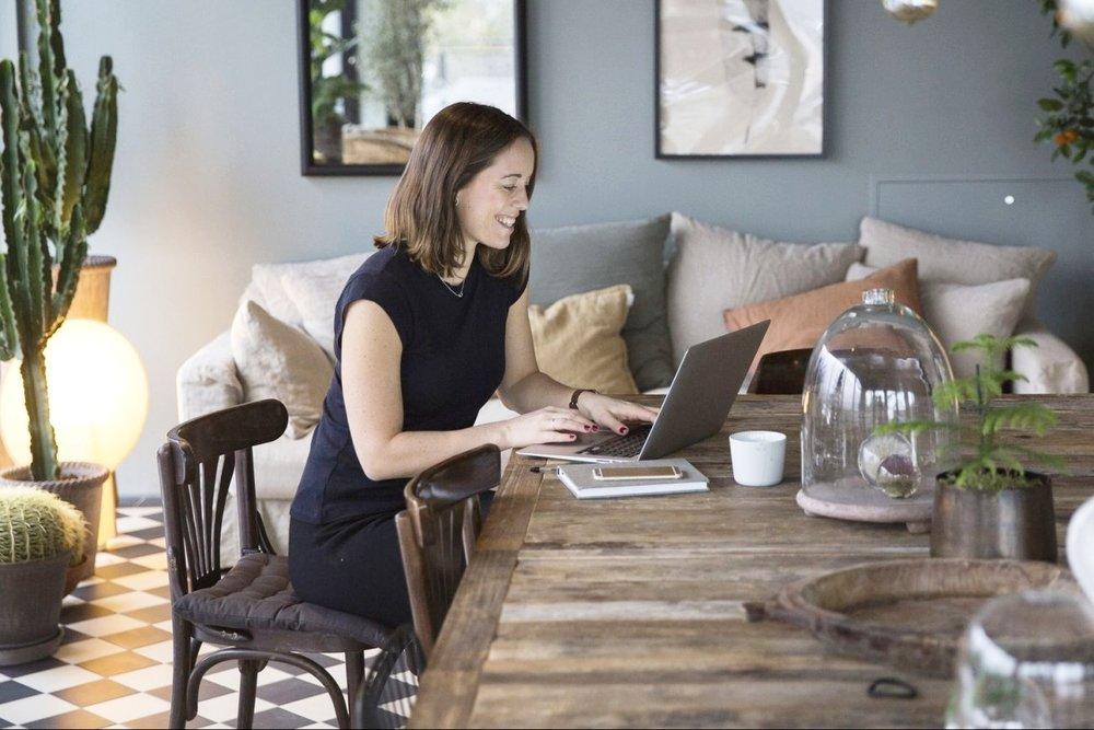 10 Best Female Money Bloggers - MiriamBallesteros.com.jpg