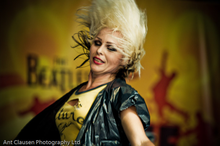 photos of Mathew Street Festival, Liverpool, including, Queen, la salve reina, blondie, smiths indeed, amy winehouse, kings of leon, yes, photography, pics, blog, festival, event, photography